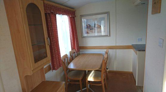 Atlas Amethyst Super 2007 dining room