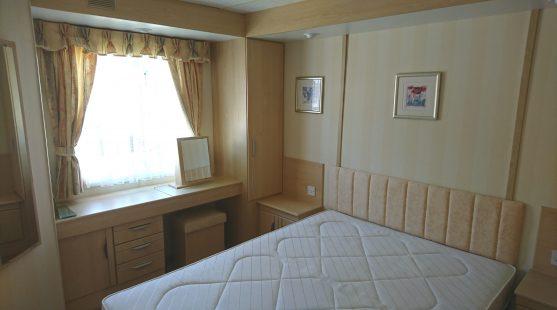 Atlas Debonair Super 2006 bedroom