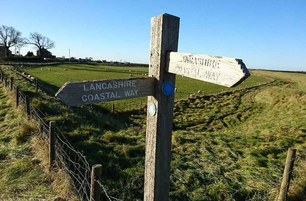 Lancashire Coastal Way from Moss Wood