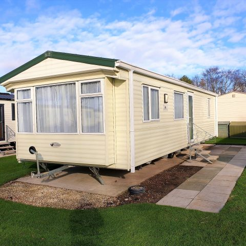 MW022 Willerby Isis 2012